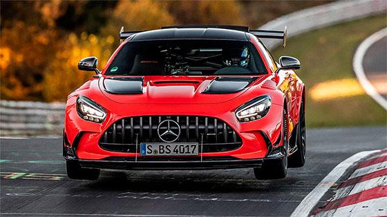 מרצדס AMG GT הסדרה השחורה קובעת שיא הקפה של הנורבורגרינג