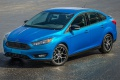 2015-Ford-Focus-sedan-front-side-static-view