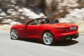 2013-jaguar-f-type-08