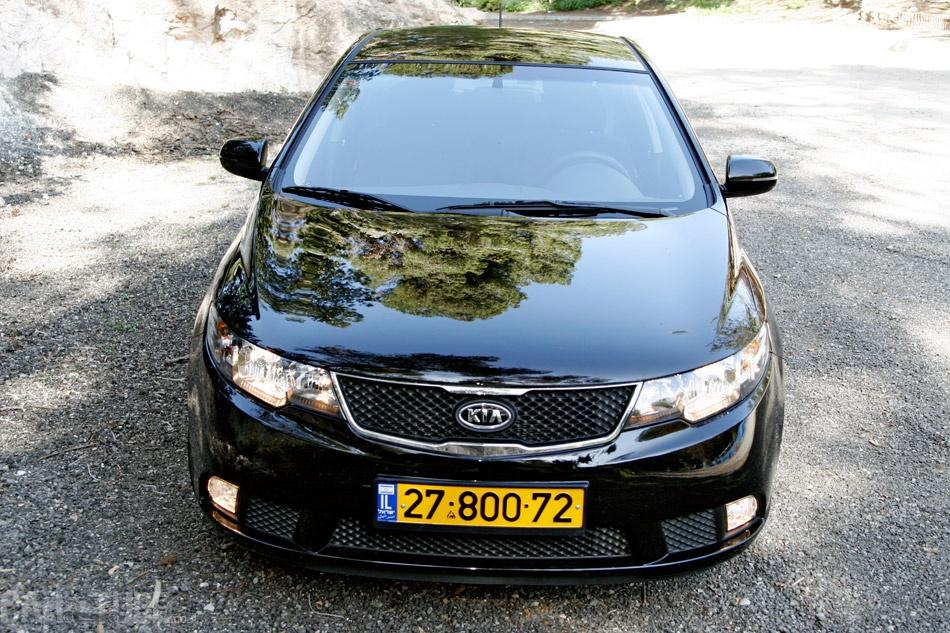 למעלה קיה פורטה 2011 : מבחן דרכים – משפחתית חסכונית - cartube KY-06