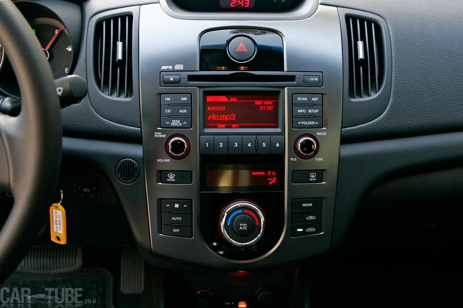 הגדול קיה פורטה 2011 : מבחן דרכים – משפחתית חסכונית - cartube PD-96