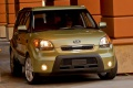 kia-soul_2010_1024x768_wallpaper_07