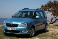 skoda-roomster_2011_1024x768_wallpaper_06