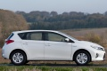 toyota_auris_hybrid_uk-spec_16