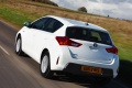 toyota_auris_hybrid_uk-spec_19