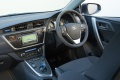 toyota_auris_hybrid_uk-spec_21