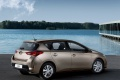 toyota-auris_2013_hatch_07