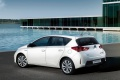toyota-auris_2013_hatch_08