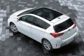 toyota-auris_2013_hatch_09