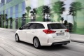 toyota_auris_touring_sports_hybrid_3
