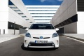toyota-prius_plug-in_hybrid_2013_1024x768_wallpaper_0e