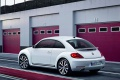 volkswagen-beetle_2012_1024x768_wallpaper_09