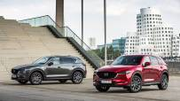2020_Mazda_CX-5_DE_Family_Shot_2
