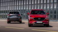 2020_Mazda_CX-5_DE_Family_Shot_6