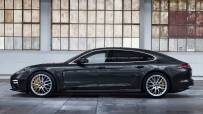 Porsche-Panamera_Turbo_S_E-Hybrid_Executive-2021-1600-02
