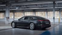 Porsche-Panamera_Turbo_S_E-Hybrid_Executive-2021-1600-03